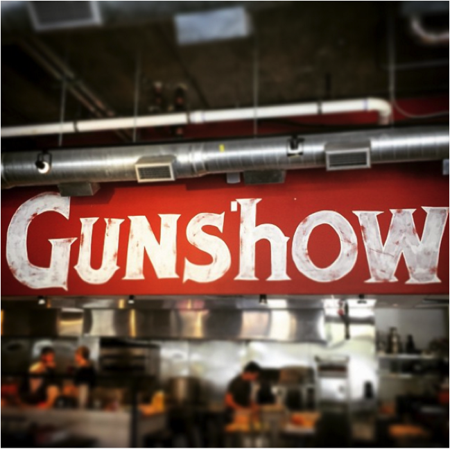 Gunshow place logo